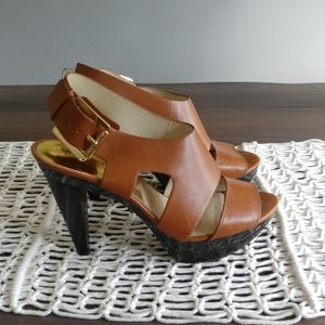 Micheal Kors tan patent leather heeled sandals